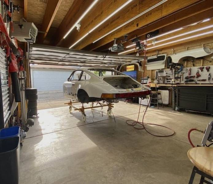 Take A Look At These Amazing Garages!