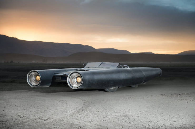 "Insane Vehicles Found At The ""Burning Man"" Festival"