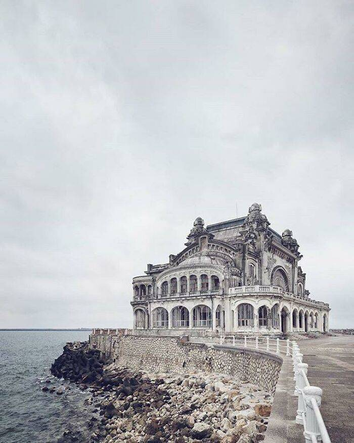 These Abandoned Places Are Gorgeous!