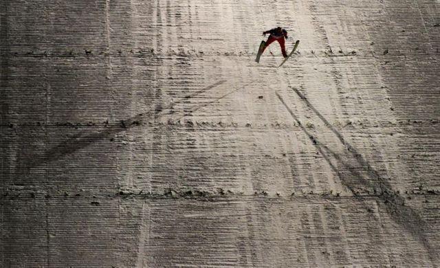 Ski Jumping World Cup (30 pics)