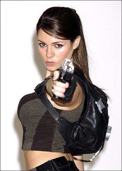 1 New Lara Croft (16 pics)