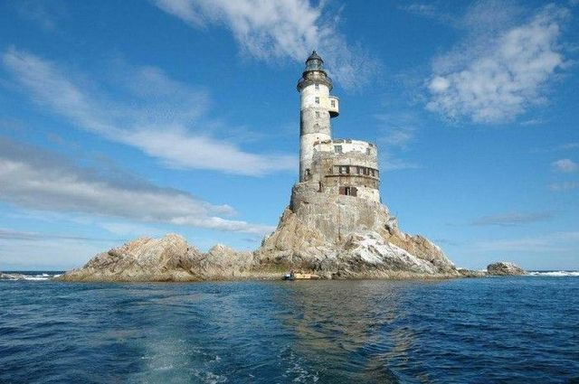 Abandoned Russian nuclear polar lighthouses