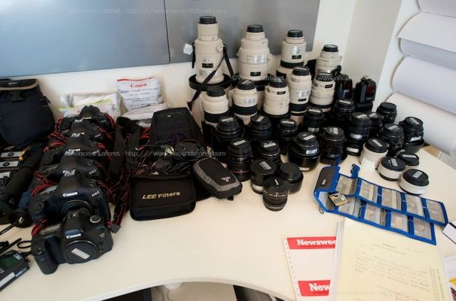 200 lbs of photographer's equipment (19 pics)