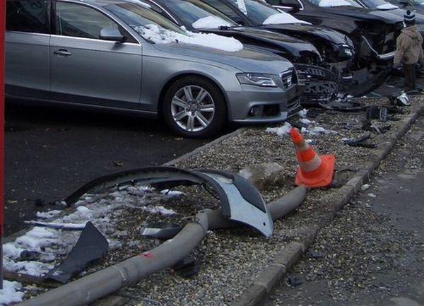 Wrecked cars (5 photos)