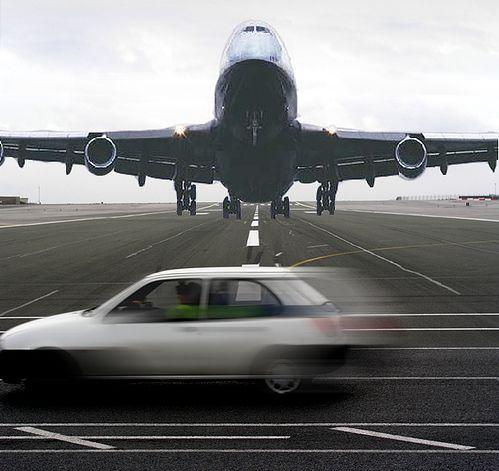 Gibraltar airport runway crosses the road to Spain