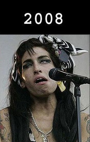 Degradation of Amy Winehouse (6 pics)