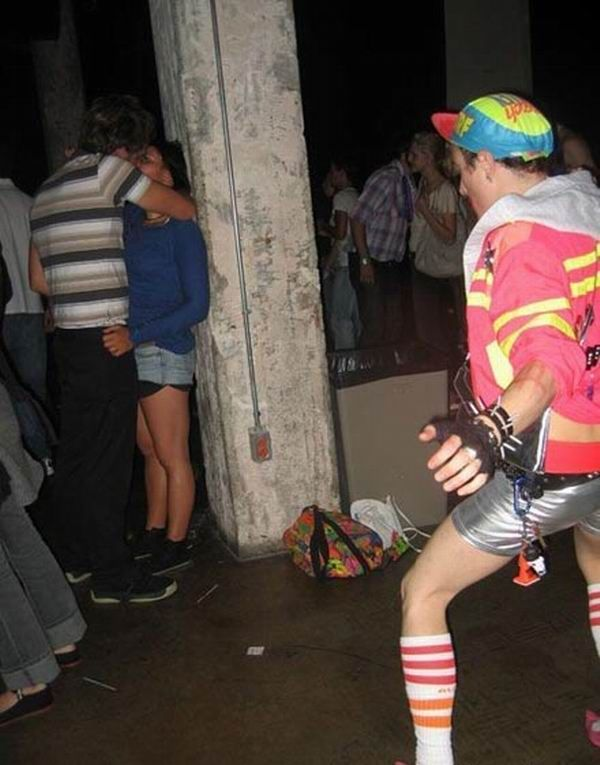 Party boy (6 pics)
