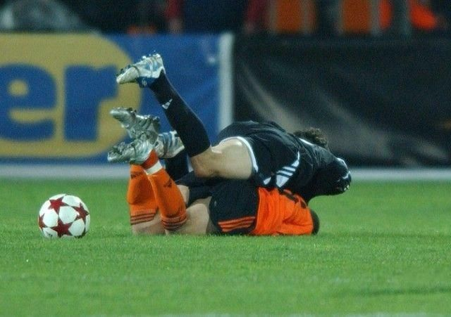 Soccer is a game for real men (51 pics)