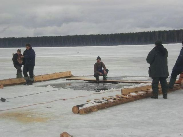 Russian winter fishing (34 pics)
