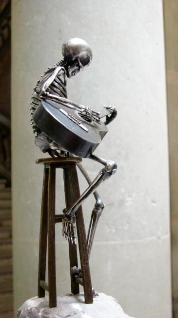 Bronze sculptures from Saúl Hernández (24 pics)