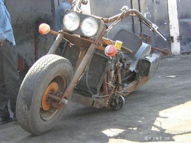 Very interesting bike (7 pics)