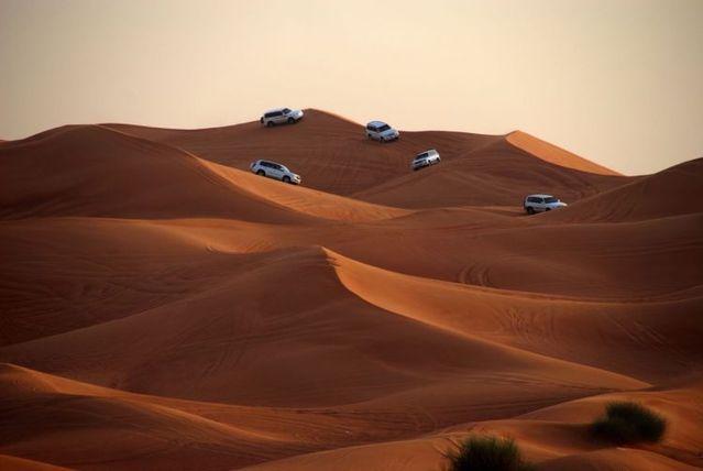 Awesome Dubai Photos (33 pics)