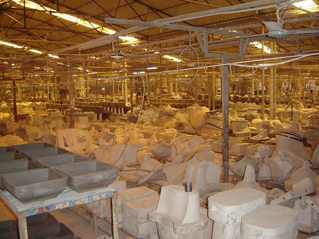 Toilet factory (49 pics)