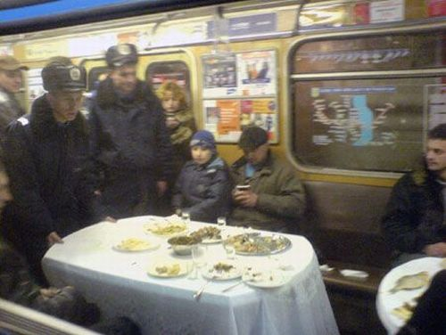 Oddies in subway (72 pics)