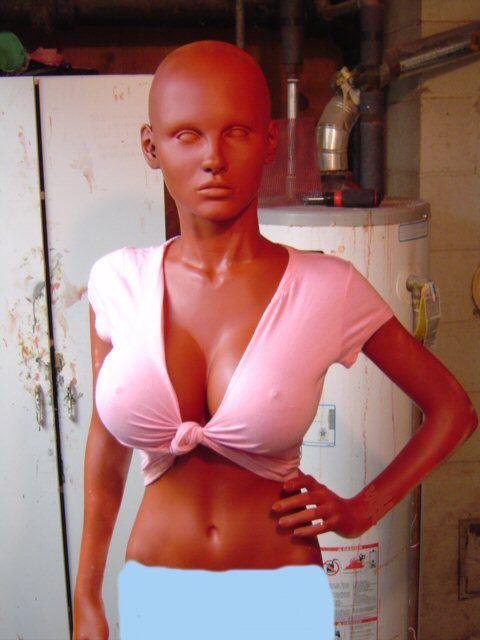 Cool doll (15 pics)