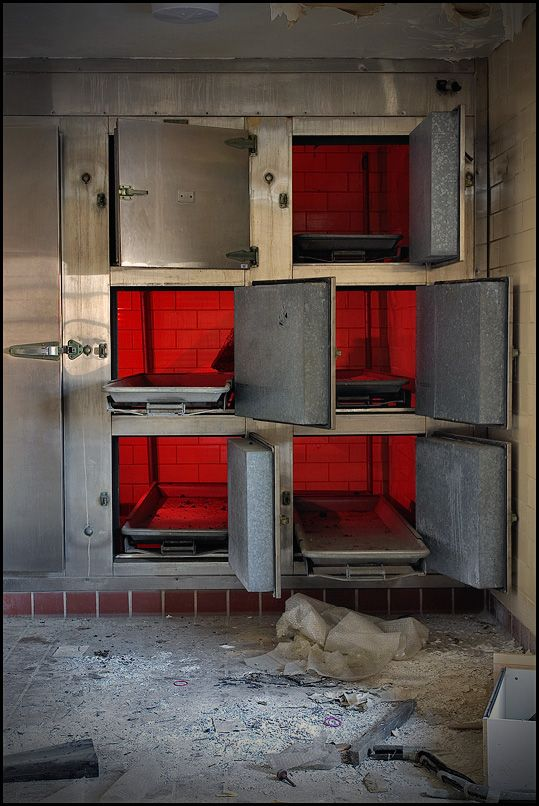 Abandoned hospital (36 pics)