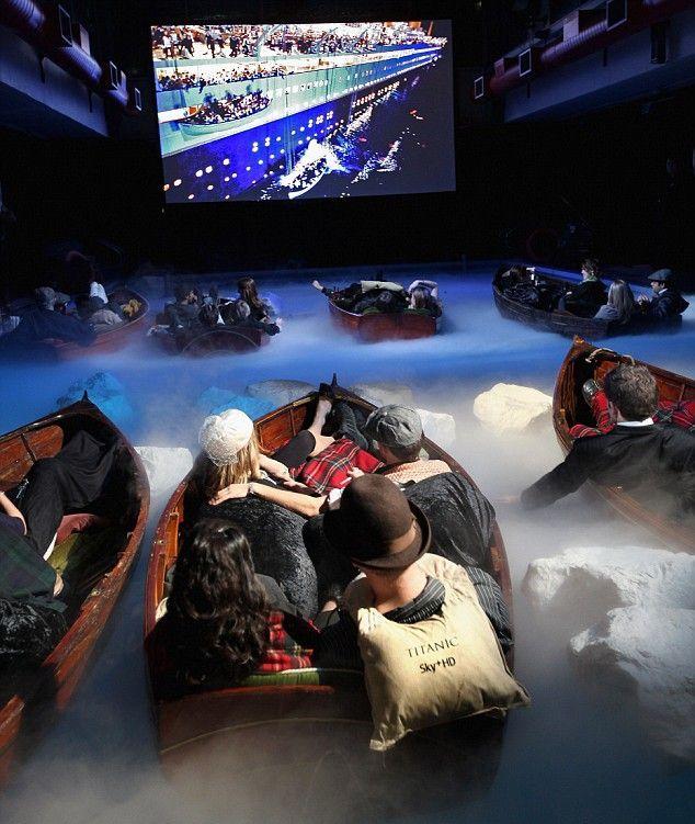 Special screening of the movie Titanic (4 pics)