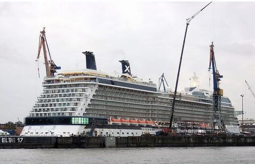 Celebrity Solstice, a cruise liner where everybody wants to be (42 pics)