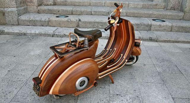 Classic wooden vespa (20 pics)