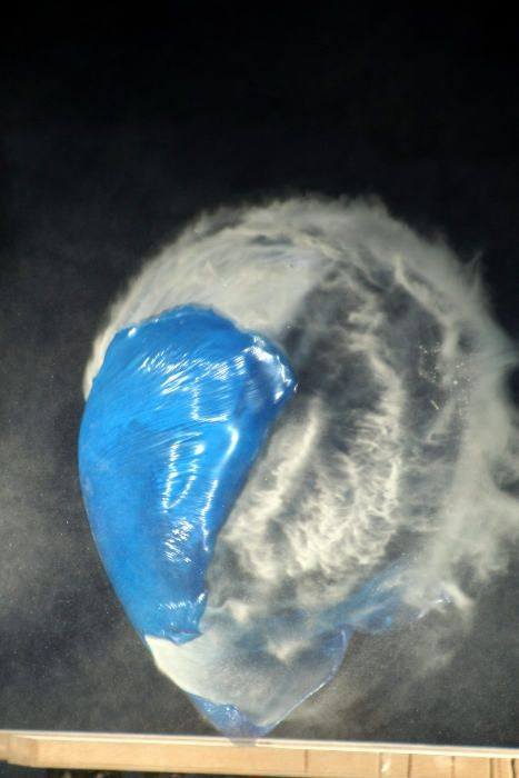 Objects shot while blowing apart (44 pics)