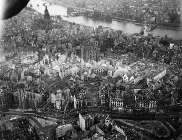 German cities after the Second World War (19 pics)