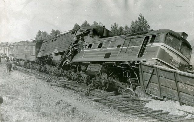 Train accidents (50 pics + 1 video)