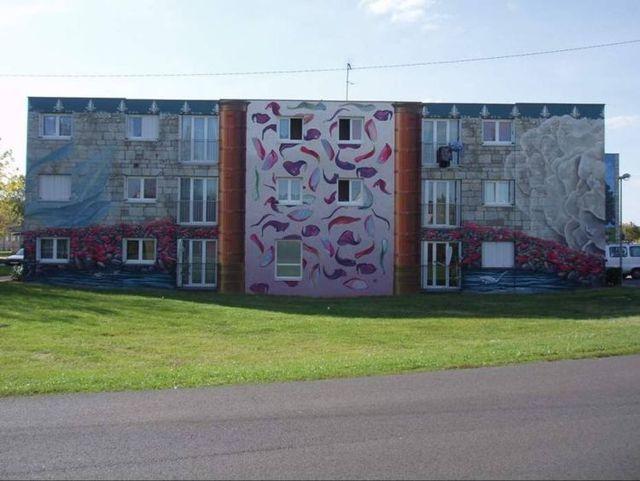 Wall painting (24 pics)