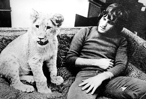 Old but very touching story - Christian The Lion (22 pics+1 video)