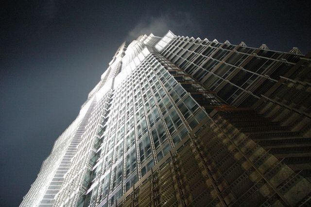 Jin Mao Tower - the beauty of building engineering (6 photos)