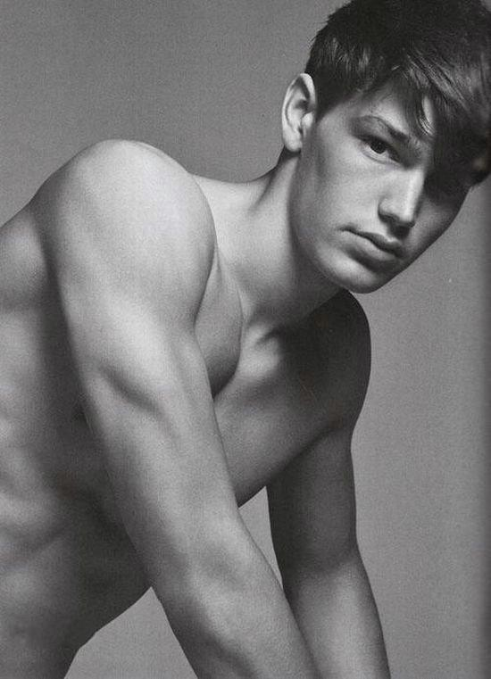 For ladies. Top 50 of the male models (52 pics)