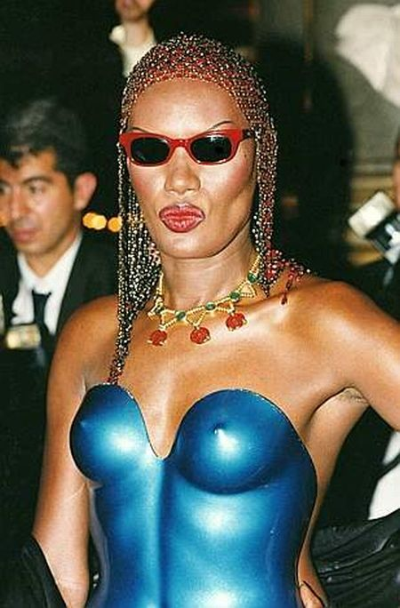 Goddess of Disco - Grace Jones (30 pics + video)