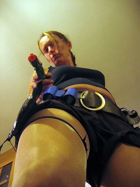 The most stupid and funny Lara Croft wannabes (14 pics)