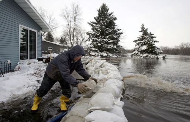 Red River flooding (30 pics)