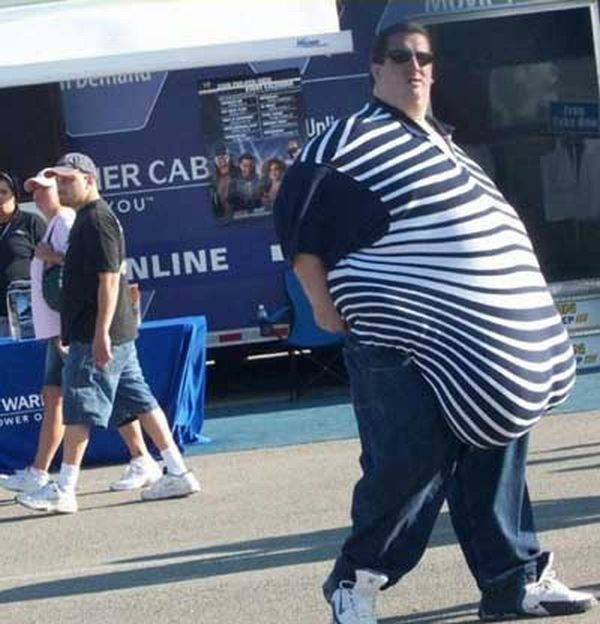 10 signs you need to go on a diet. Part 2 (10 pics)