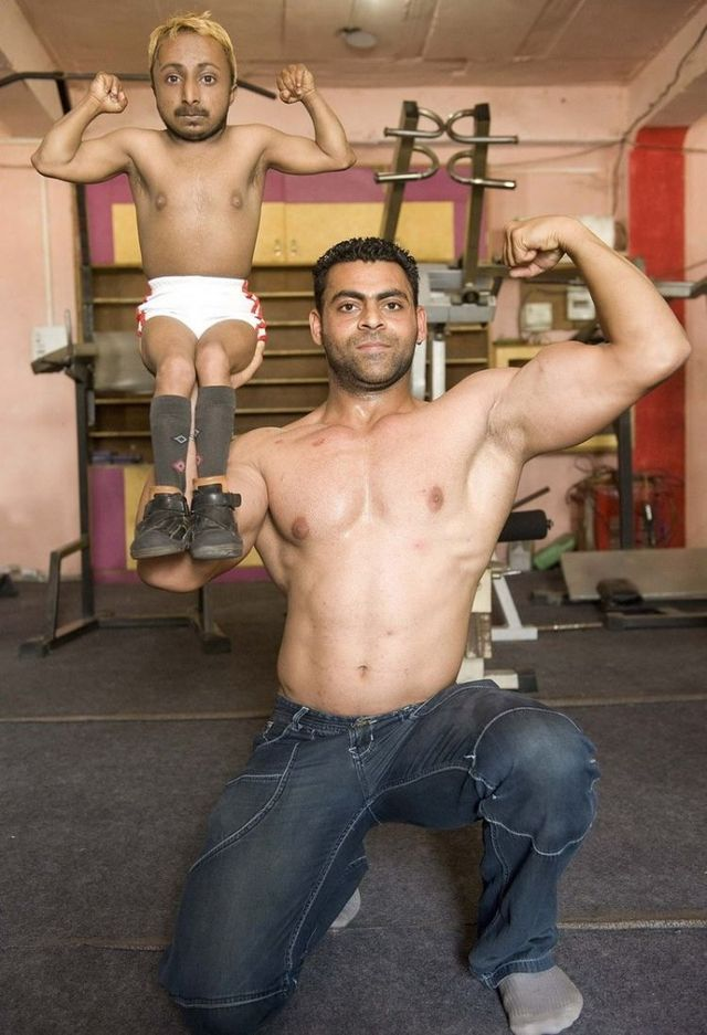 Aditya Dev - Shortest Bodybuilder in the World (14 pics)