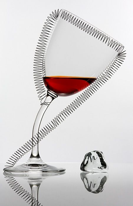Creative photos of glasses and drinks (63 pics)