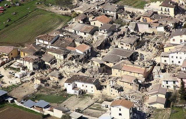 Earthquake in Italy (39 photos)