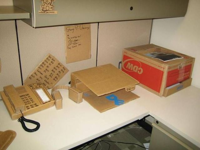 Office during the crisis? (9 pics)