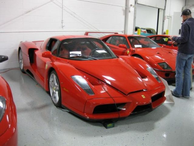 Private car collection of Sultan of Michigan (37 pics)