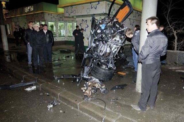 Another Lamborghini was crashed in Moscow. During sex? (32 pics)