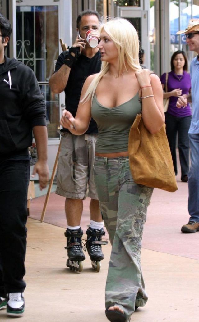 Charming Brooke Hogan (47 photos)