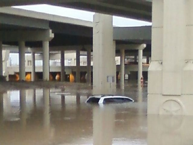 Houston was flooded (15 pics)