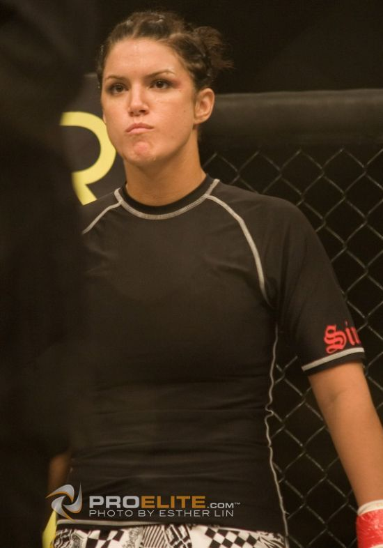 Gina Carano – the world's best female Thai boxer (24 pics + 3 gifs + 2 videos)