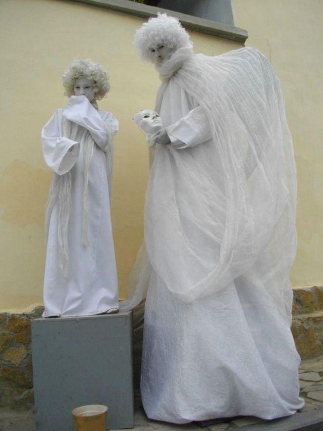 Living Statues Championship (30 pics)