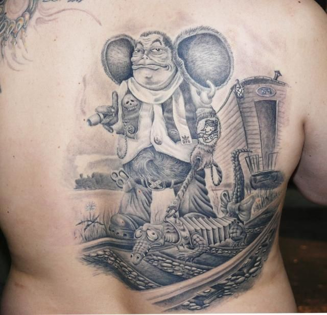 Tattoo exhibition (16 pics)