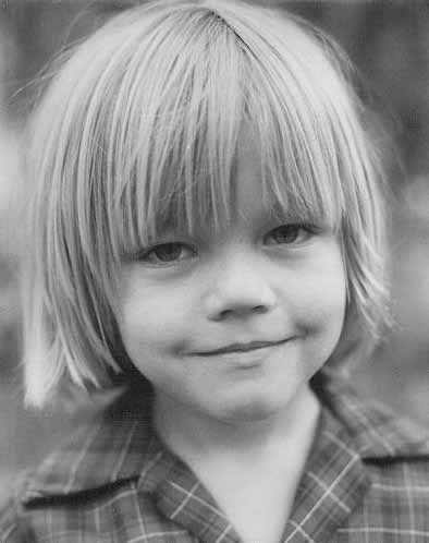leonardo dicaprio young photos. leonardo dicaprio wallpaper