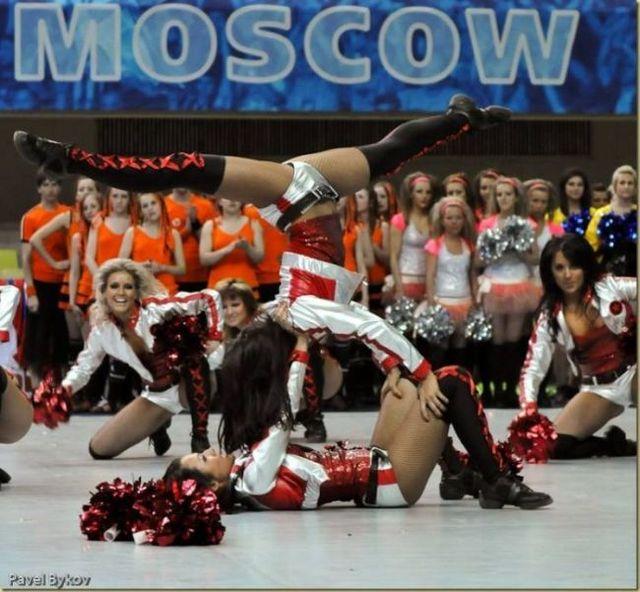 Russian cheerleading girls (66 pics)