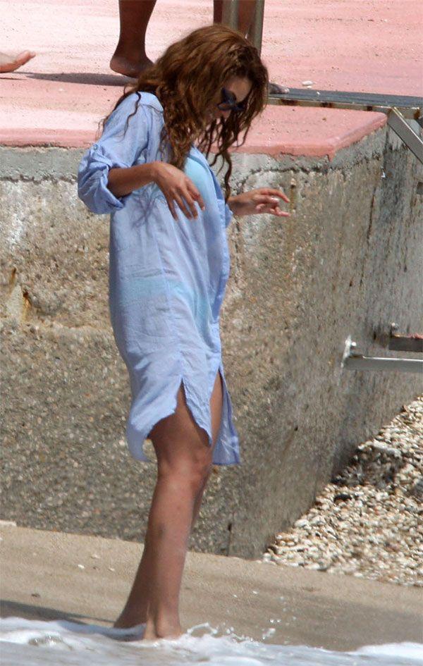 Beyonce (9 pics)