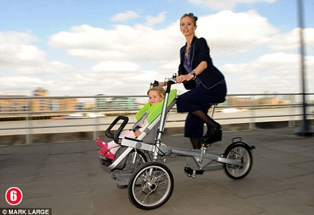 A stroller with a secret (7 pics)