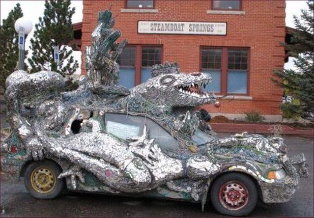 Interesting car (3 pics)